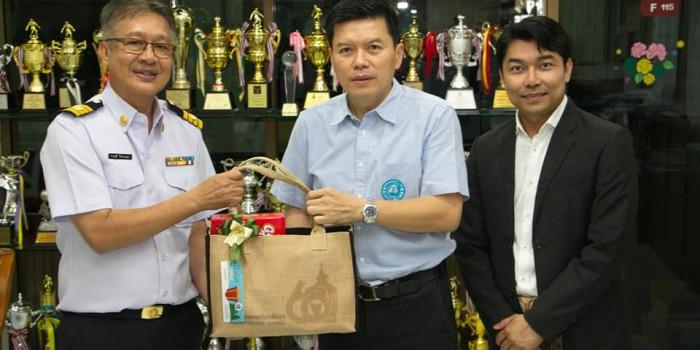 CCTV THAILAND ได้รับเกียรติเป็นตัวแทนมอบกล้องวงจรปิดให้กับโรงเรียนต่าง ๆ ในพื้นที่จังหวัดสุราษฎร์ธานี