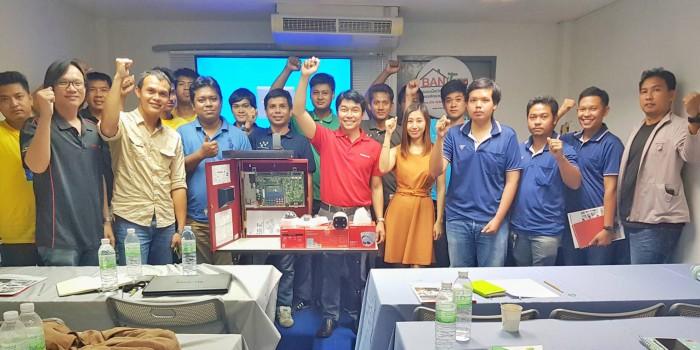 ทีมงานคุณภาพ CCTV(Thailand) เดินทางให้ความรู้ผลิตภัณฑ์กับตัวแทนจำหน่ายในโซนภาคใต้